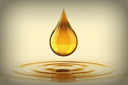 Cedarwood-Oil-Premium-Crude-Redistilled